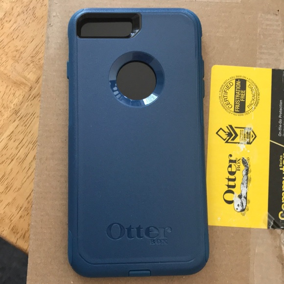 the latest 71968 3f2b6 iPhone 7/8 Plus Otterbox Commuter case